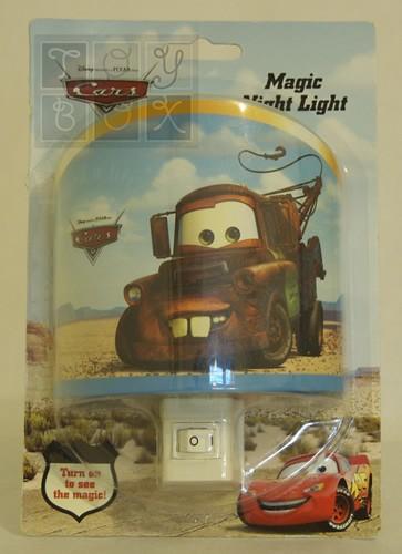 http://www.toybox.ro/wp-content/uploads/2010/09/lampa-de-veghe-bucsa-personaj-din-cars.jpg