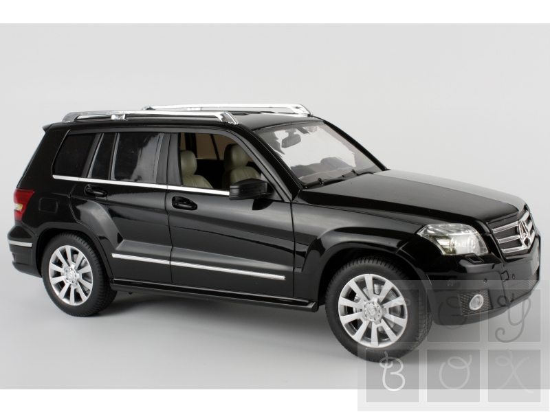 http://www.toybox.ro/wp-content/uploads/2010/11/Mercedes-GLK-cu-telecomanda-scara-1-14.jpg