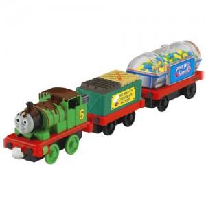 http://www.toybox.ro/wp-content/uploads/2010/12/Locomotiva-Thomas-Set-cu-locomotiva-si-2-vagoane-de-metal-300x300.jpg