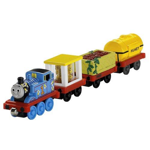 http://www.toybox.ro/wp-content/uploads/2010/12/Locomotiva-Thomas-Set-cu-locomotiva-si-3-vagoane-de-metal-300x300.jpg