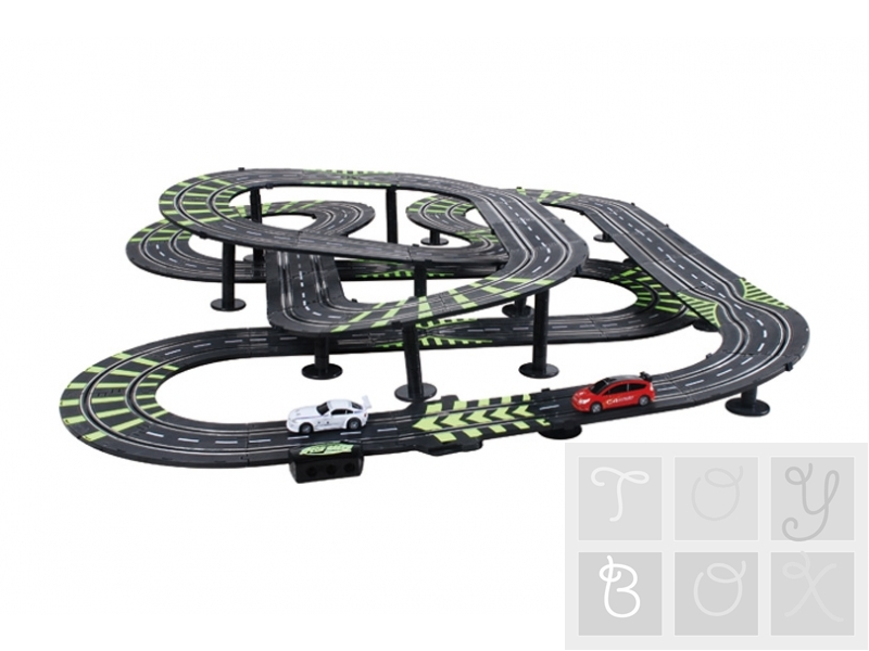 http://www.toybox.ro/wp-content/uploads/2010/12/slot-cars-set-2-masinute-si-pista-4.jpg