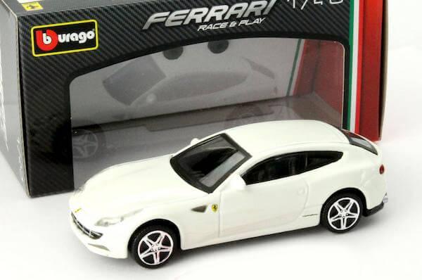 Macheta auto Ferrari FF